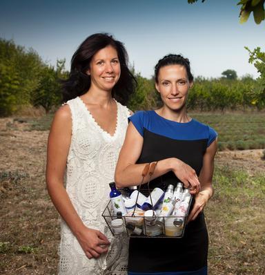 Anne-Cécile et Valerie Vausselin, co-fondatrices d'Aroma-Zone